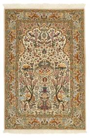 Isfahan Zijden Pool Vloerkleed 115X170 Echt Oosters Handgeknoopt Lichtbruin/Beige (Wol/Zijde, Perzië/Iran)